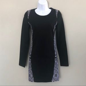 NWOT Black Scale BLVCK Long Sleeve Logo Dress